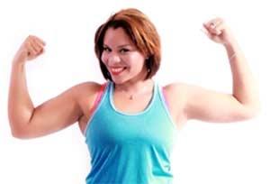 Mini Heimtrainer für Senioren - Muskeln junge Frau
